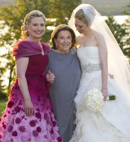 Hillary-clinton-chelsea-wedding-e1520044034983